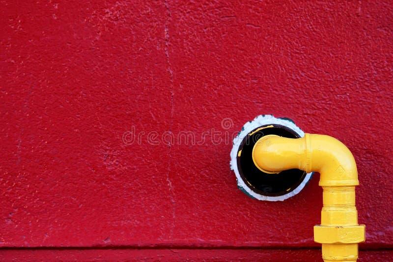 Gelbes Gasrohr stockfotografie