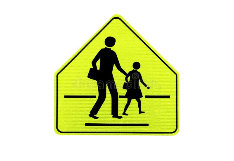 """Gelbes Verkehr Signsâ€- Schulzone """" lokalisiert auf am weißen Hintergrund der Datei mit Beschneidungspfad stockbild"""