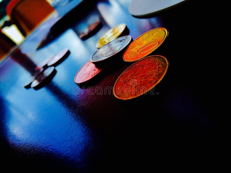 Geld en zaken, overeenkomsten en betalingen in een echt bedrijfsleven royalty-vrije stock fotografie