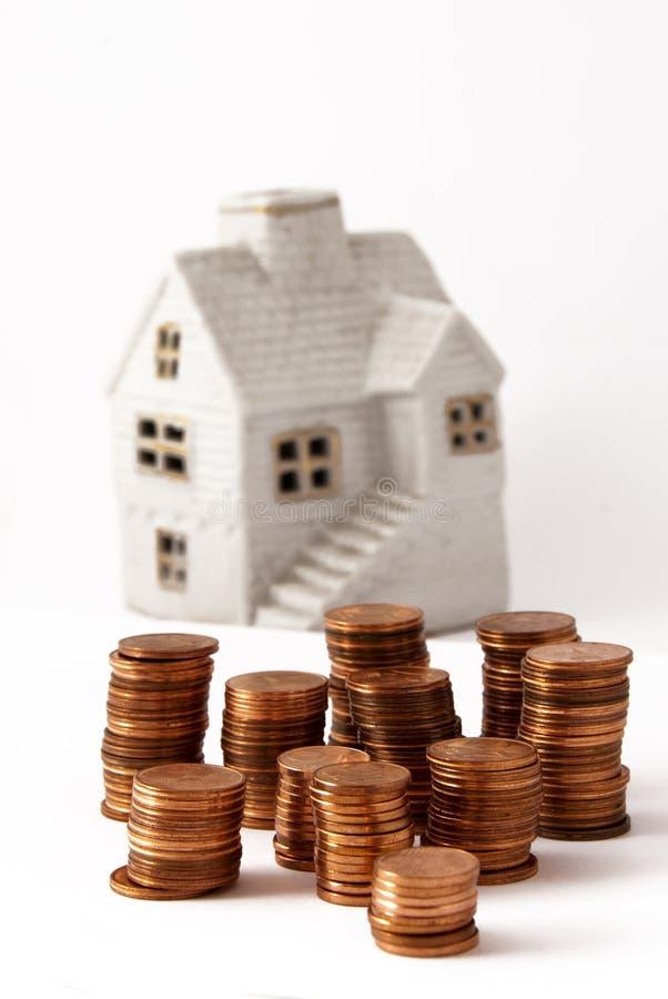 Geld für Haus lizenzfreie stockfotos