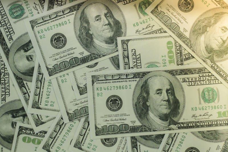 Geld ist ein Anlagengeschäft und eine globale Börse stockbild