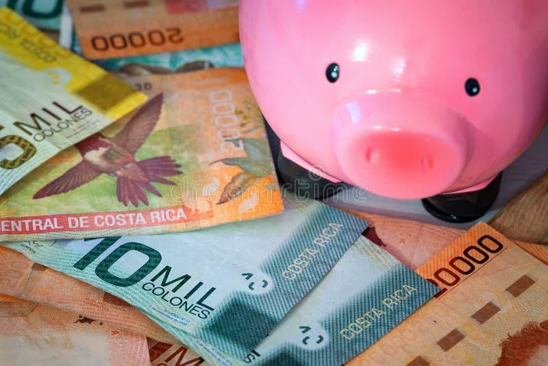 Geld van Costa Rica/Colones en moneybox