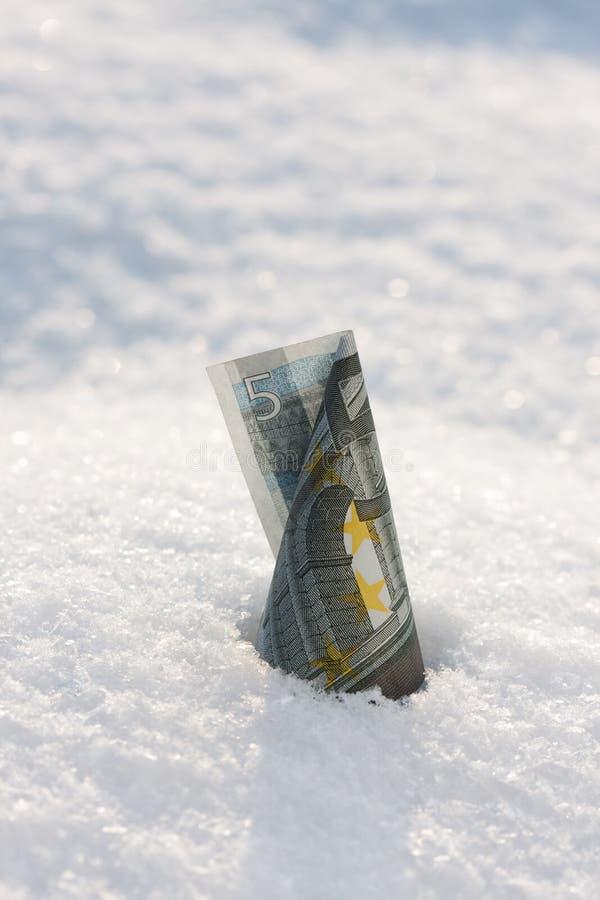 Geldanstieg. Eurobanknote lizenzfreies stockfoto