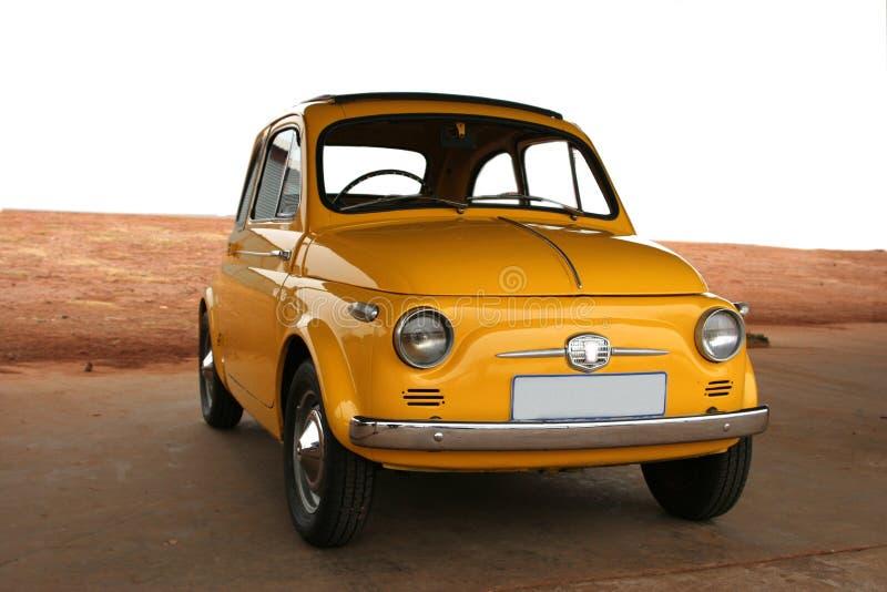 Gele auto. stock afbeeldingen