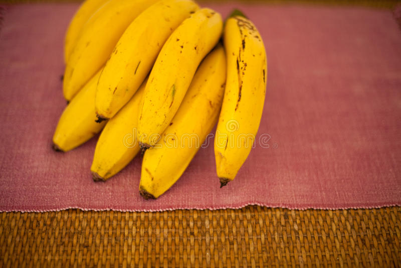 Gele bannanabos stock afbeelding