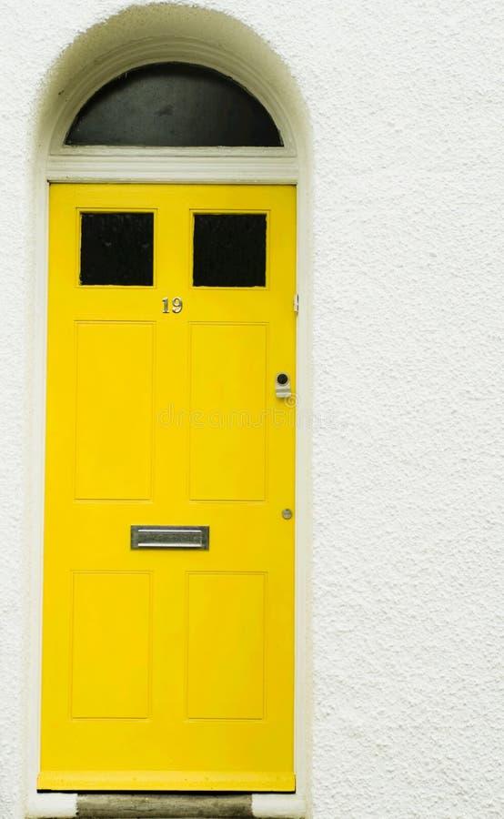 Gele deur royalty-vrije stock foto
