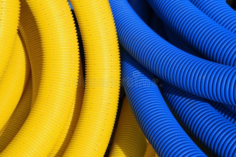 Gele en blauwe pijpen royalty-vrije stock foto's