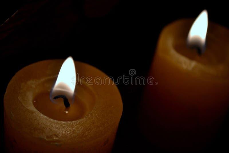 Gele kaarsen stock fotografie