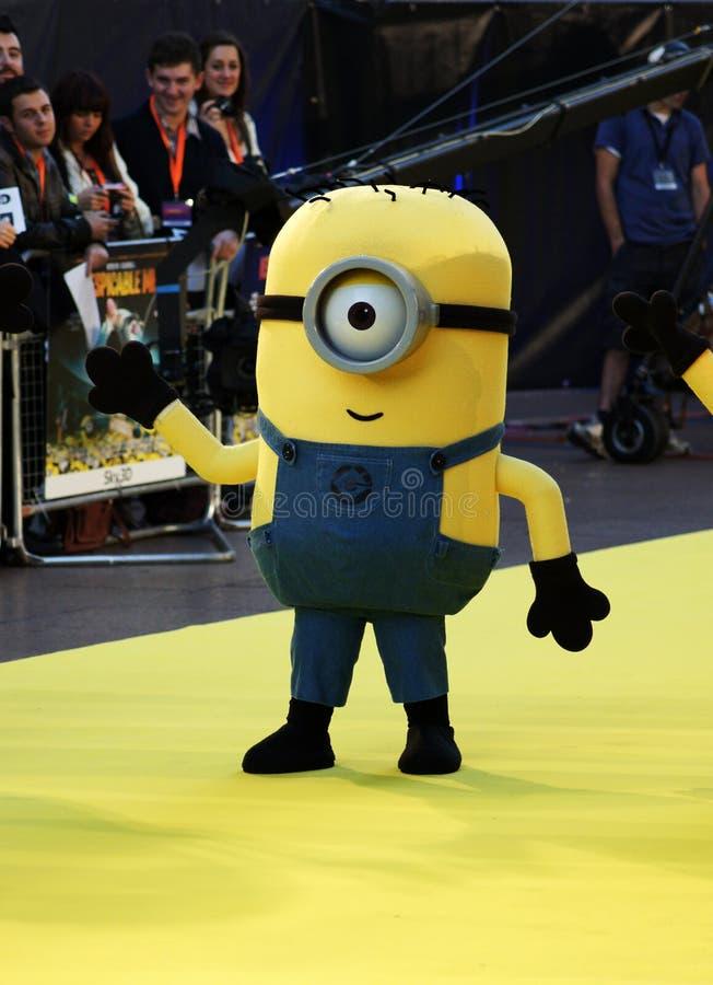 Gele Minion bij Verachtelijk me Première stock afbeeldingen