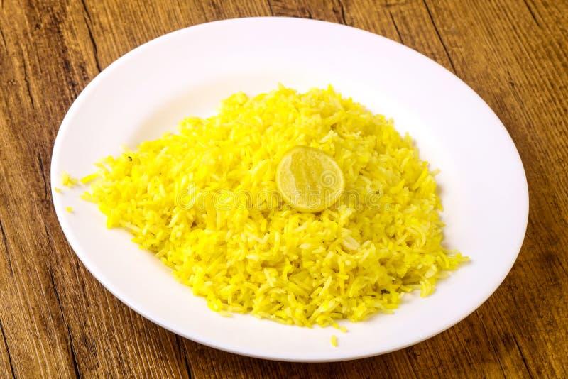 Gele rijst met kalk royalty-vrije stock fotografie