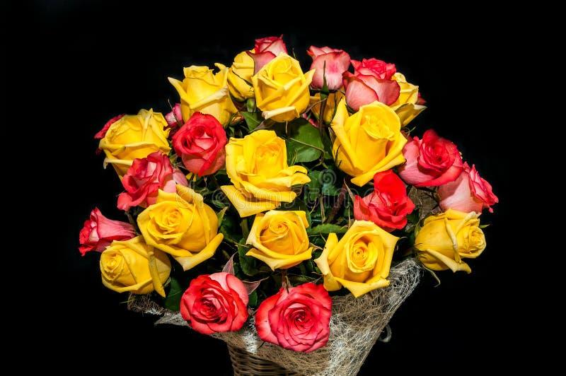Gele rood nam boeket toe royalty-vrije stock fotografie