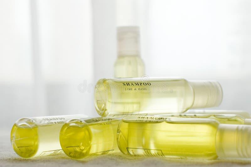Gele shampoo II royalty-vrije stock foto