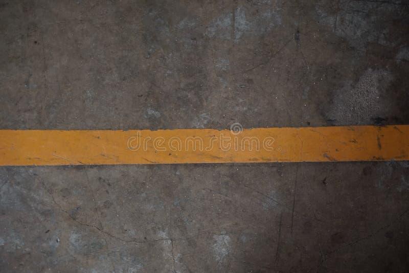Gele strooklijn stock afbeelding