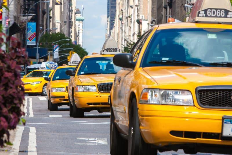 Gele Taxis in de Stad van New York stock foto