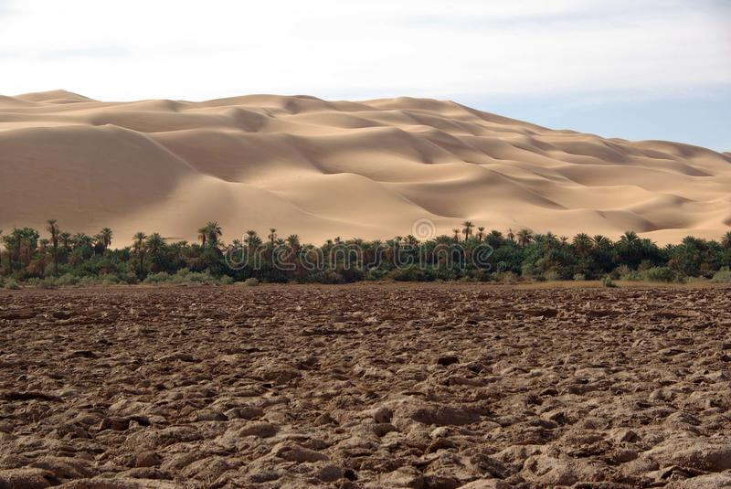 Geleerter See, Libyen lizenzfreie stockfotografie