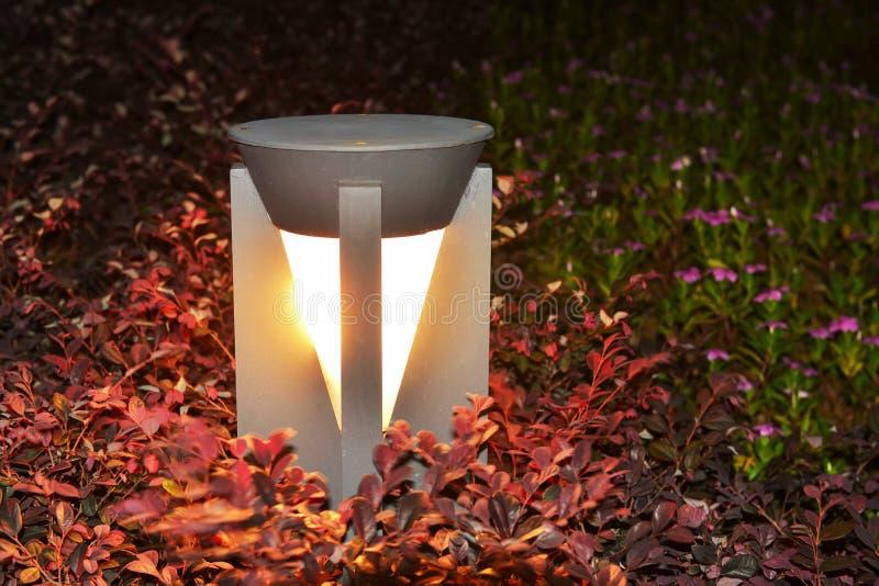 Geleide gazonlamp royalty-vrije stock afbeeldingen