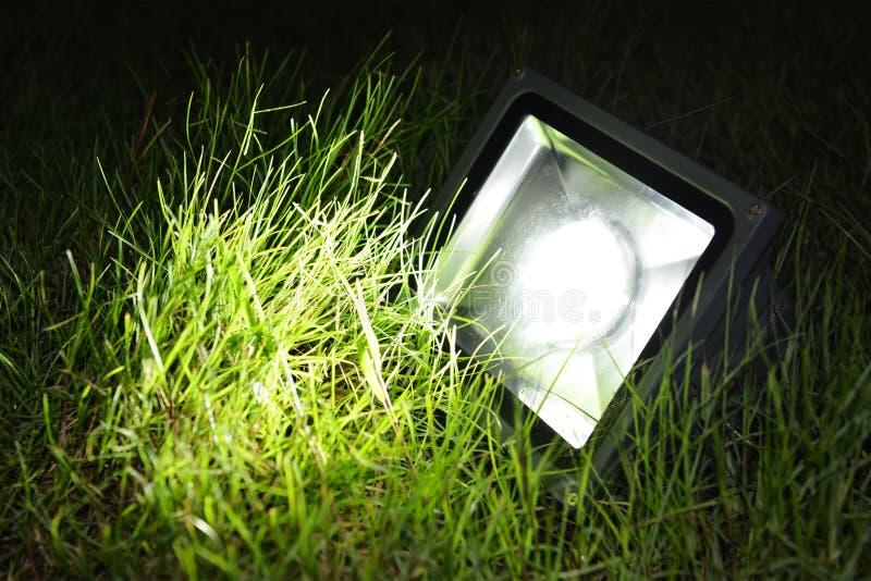 Geleide tuinlamp stock afbeeldingen