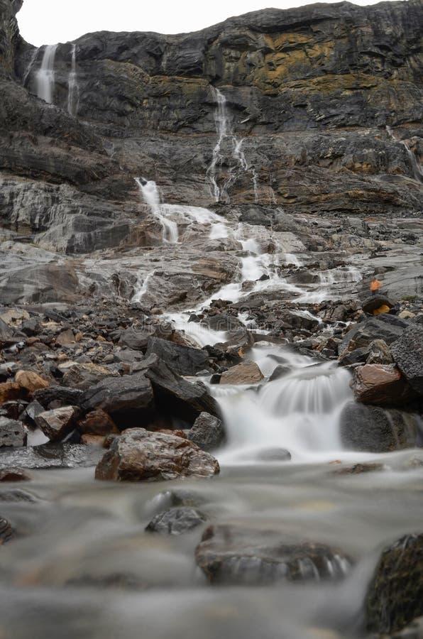 A geleira da curva cai a exposição longa 4 foto de stock