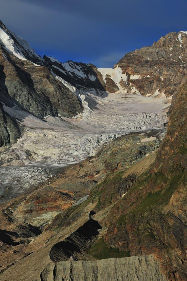 A geleira de Tiefmatten   fotos de stock