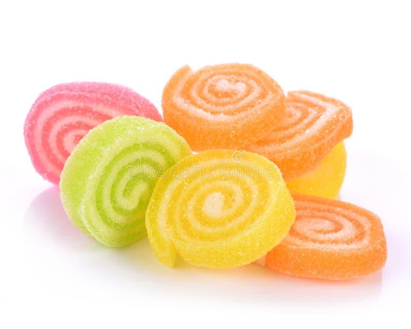Gelieren Sie Bonbon, Aromafrucht, der Süßigkeitsnachtisch, der auf Zucker bunt ist lizenzfreies stockfoto