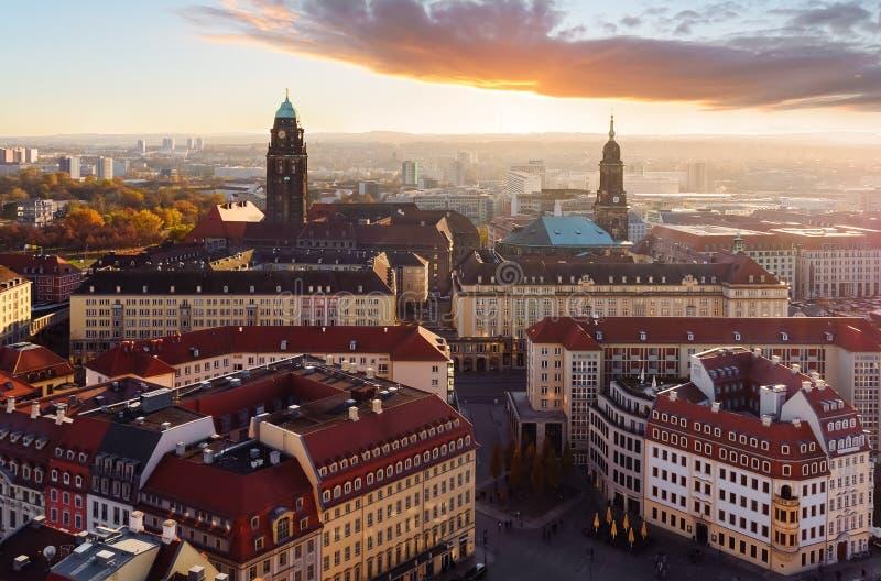 Gelijk makend over de stad van Dresden, Saksen stock afbeelding