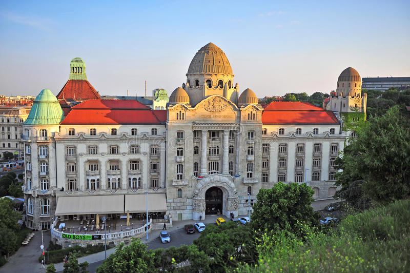 Gellert hotell och termisk brunnsort, Budapest royaltyfri foto