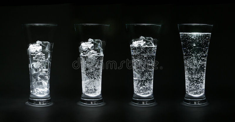 Gelo-água fotos de stock royalty free