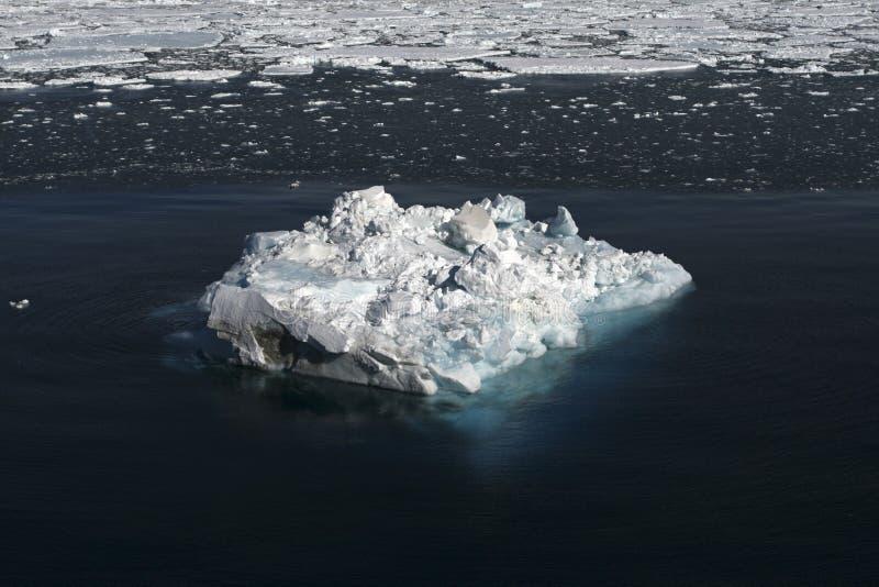 Gelo marinho em Continente antárctico fotografia de stock royalty free