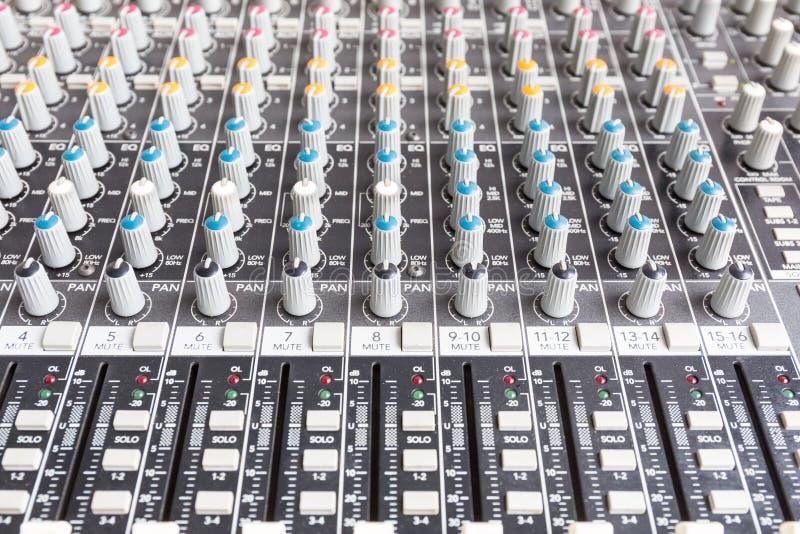 Geluid mixe, mengt console royalty-vrije stock foto's