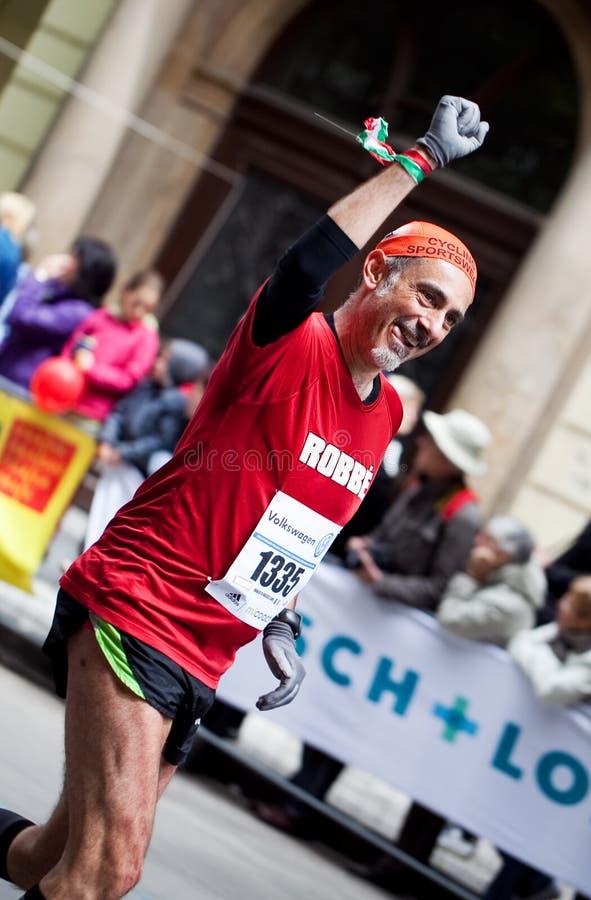 Geluk van het beëindigen van de Marathon van Praag royalty-vrije stock fotografie