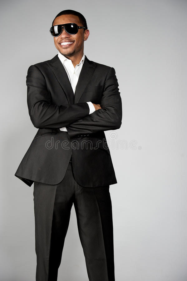 Gelukkig Aantrekkelijk Afrikaans Amerikaans Mannetje stock foto