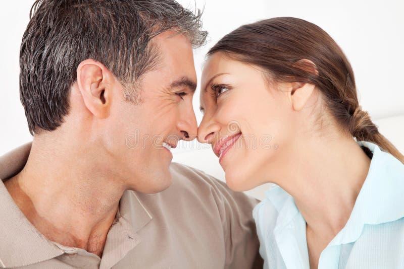 Gelukkig bejaard paar in liefde royalty-vrije stock foto