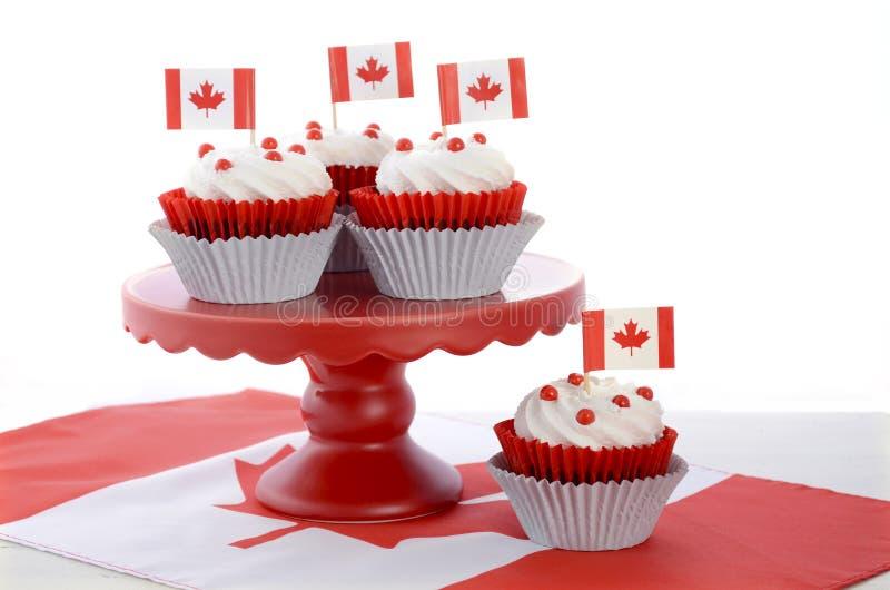 Gelukkig Canada Dag Cupcakes stock foto's