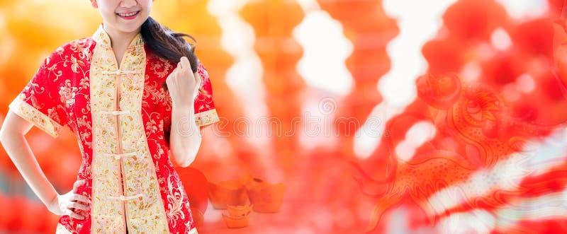 Gelukkig Chinees nieuw jaar Aziatische Vrouw royalty-vrije stock fotografie