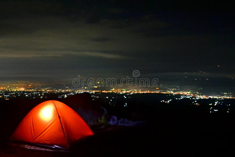 Gelukkig kamp! stock foto