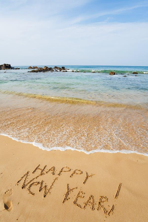 Gelukkig Nieuwjaar 2017 op het strand stock foto