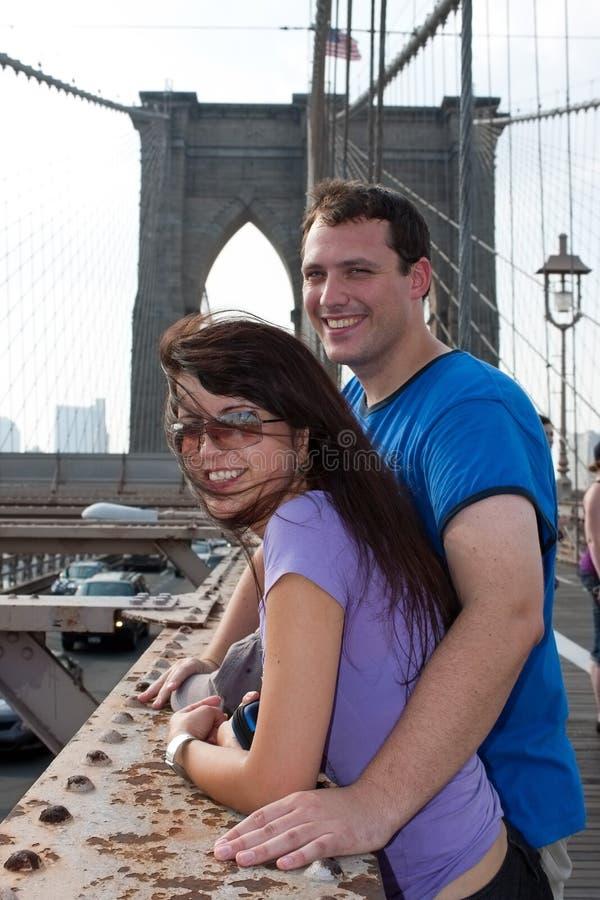 Gelukkig Paar dat Brooklyn New York bezoekt royalty-vrije stock foto's