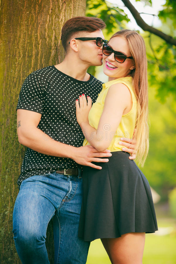 Gelukkig Paar in Park royalty-vrije stock foto