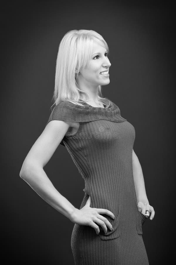 Download Gelukkig Sexy Blonde Wijfje Stock Afbeelding - Afbeelding bestaande uit hart, mensen: 10778093