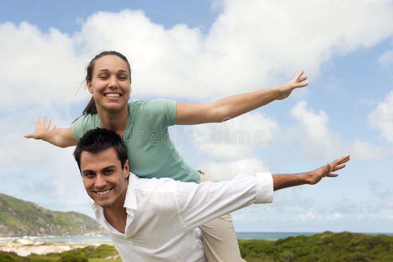 Gelukkig Spaans paar in liefde royalty-vrije stock fotografie