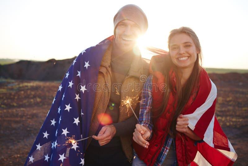 Gelukkig Toeristenpaar in Amerika stock afbeeldingen