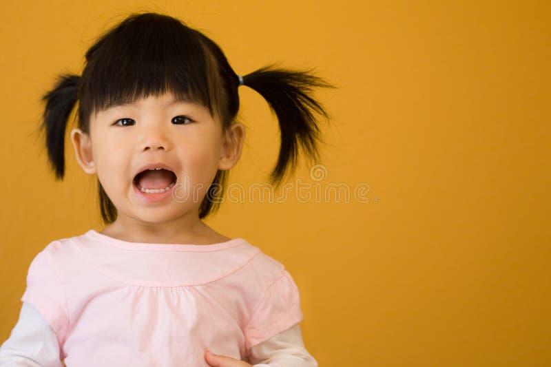 Gelukkig weinig kind stock foto