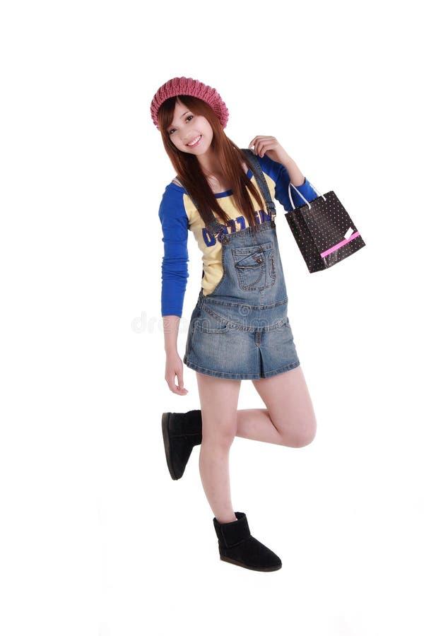 Gelukkig winkelend meisje. stock foto's