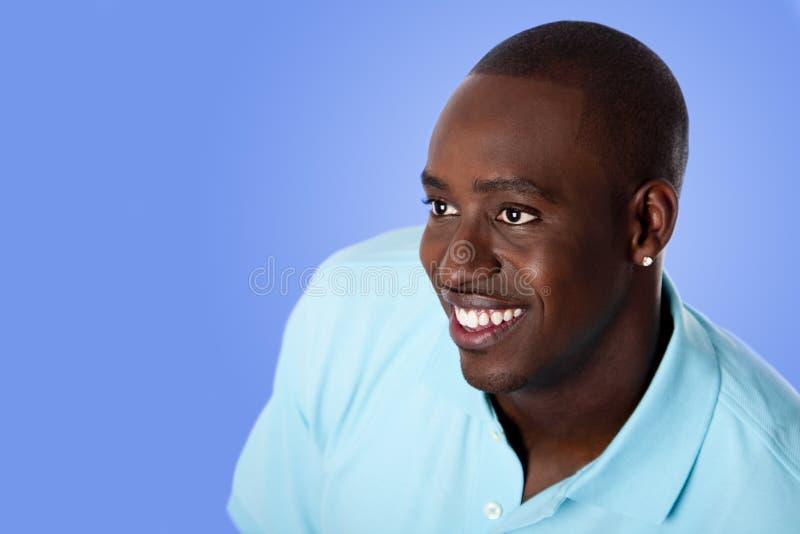 Gelukkige Afrikaanse Amerikaanse bedrijfsmens stock foto's