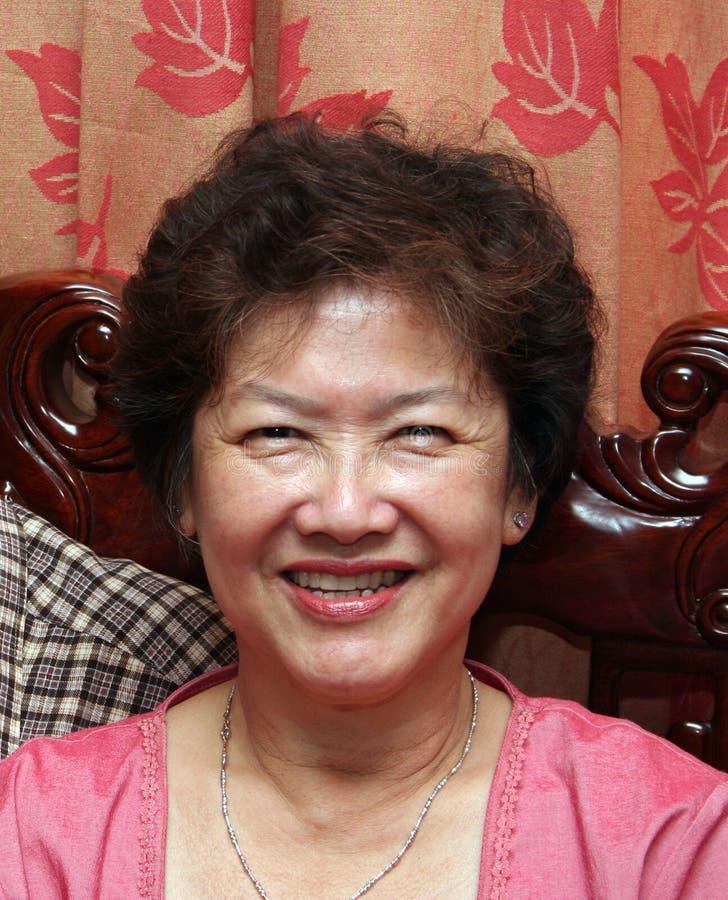 Gelukkige Aziatische Vrouw royalty-vrije stock afbeeldingen