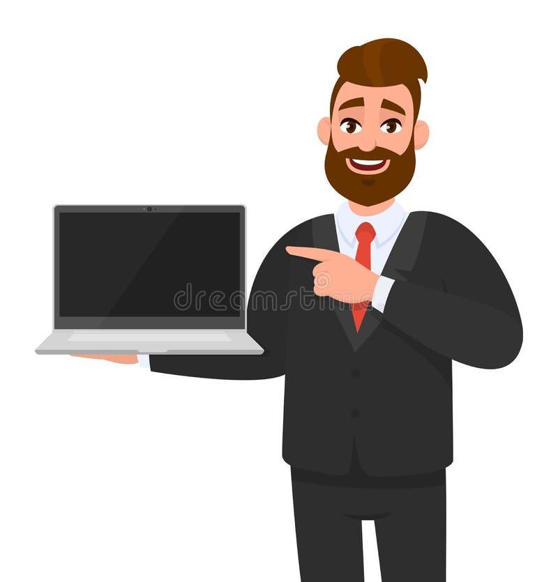 Gelukkige bedrijfsmens in kostuum die of het lege scherm van een laptop computer houden tonen en handvinger richten Hipstermannet vector illustratie