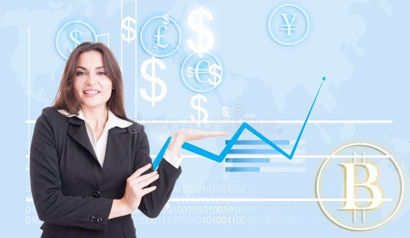 Gelukkige bedrijfsvrouw die de financiële groei voorstellen stock fotografie