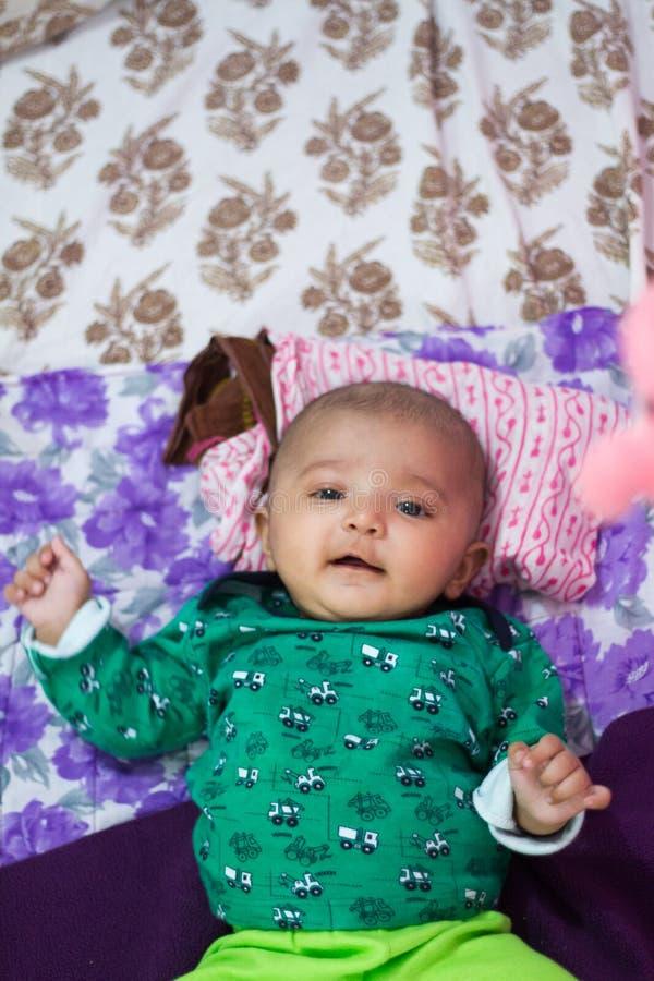 Gelukkige Blije Aziatische Indische Baby stock afbeeldingen