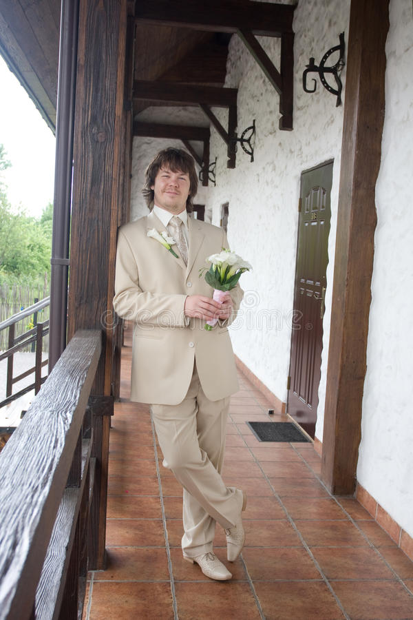Gelukkige bruidegom royalty-vrije stock foto's
