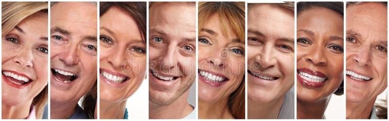Gelukkige geplaatste mensengezichten stock afbeelding